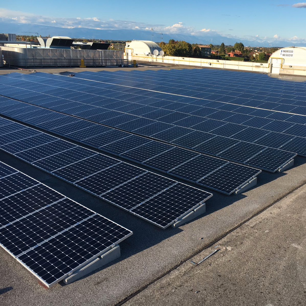 impianto fotovoltaico tetto magazzino friuli